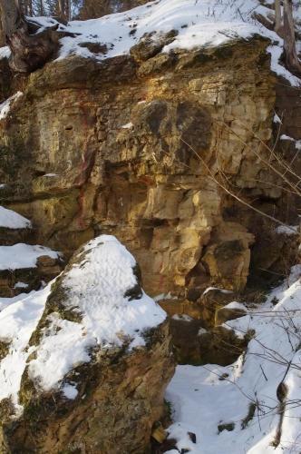 Прикрепленное изображение: Скальная стенка.jpg