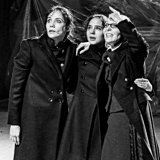 Прикрепленное изображение: три сестры.jpg