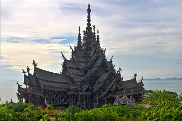 Прикрепленное изображение: храм истины hdr.jpg