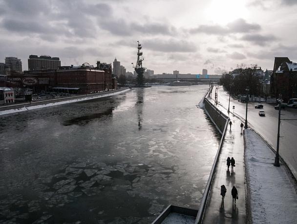 Прикрепленное изображение: С моста.jpg