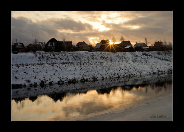 Прикрепленное изображение: Sunset on the River.jpg